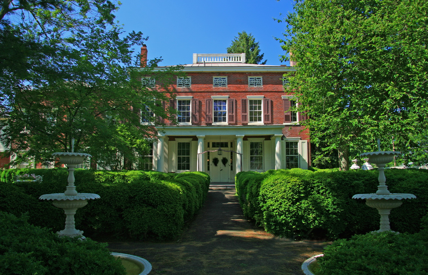 Smithville Mansion
