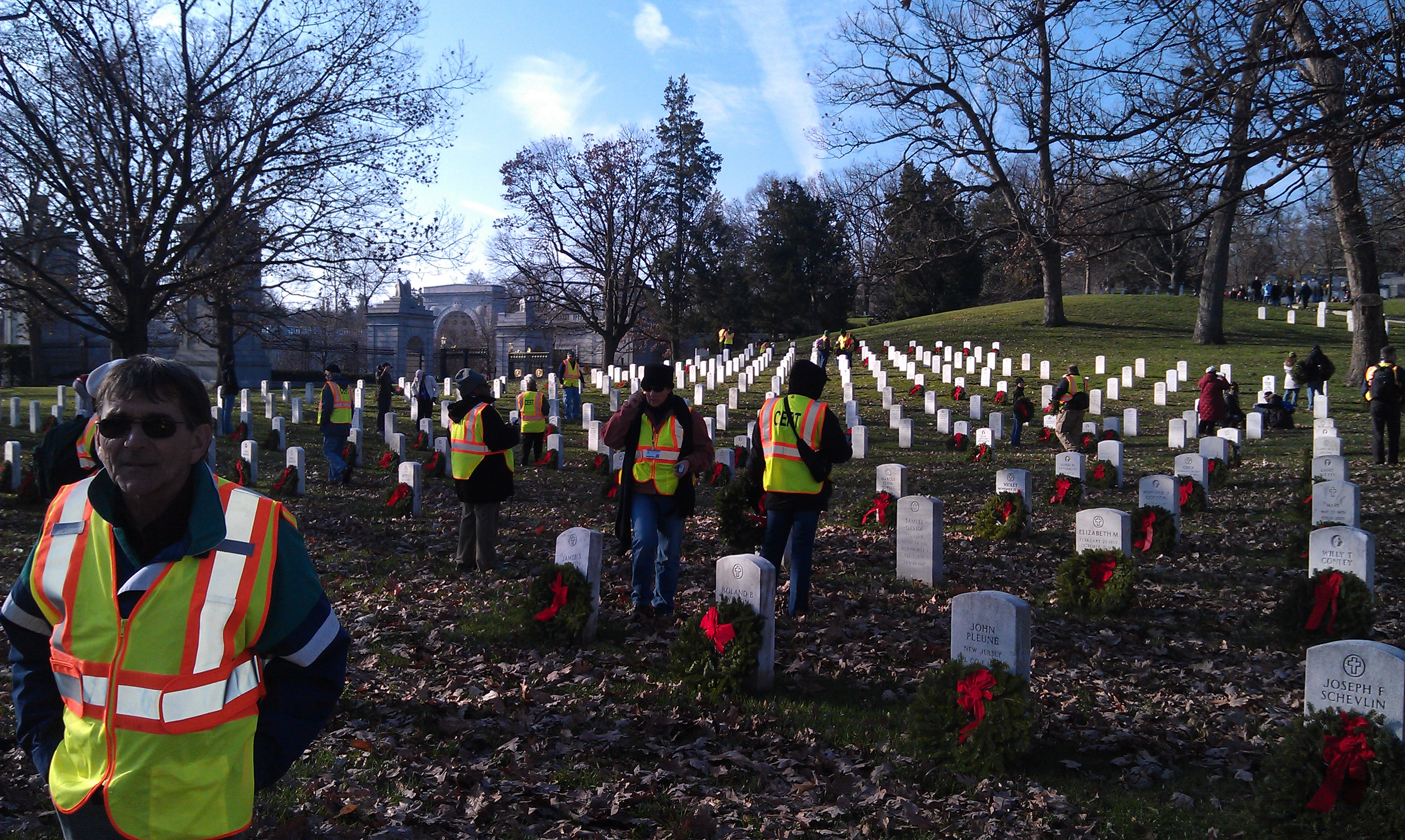 CERT Team Laying Wreaths at Cemetery